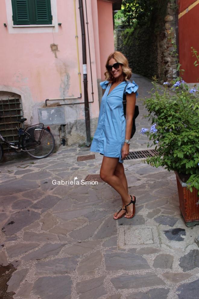 Gabriela Simion Cinque Terre Zambete de Vacanta