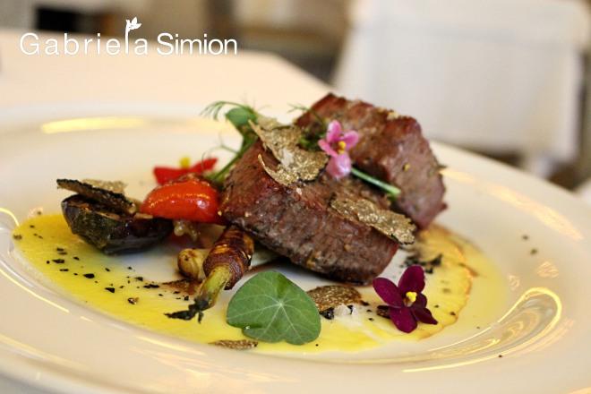 Cele Mai Gustoase Retete cu Carne de Strut