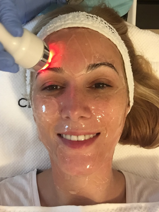 Gabriela Simion tratament clinica Statera microdermabraziune