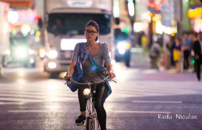 Sexy pe BIcicleta in Tokyo Japonia