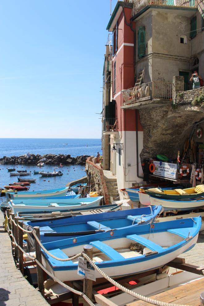 Gabriela Simion Cinque Terre Vacanta cu Barcute Colorate