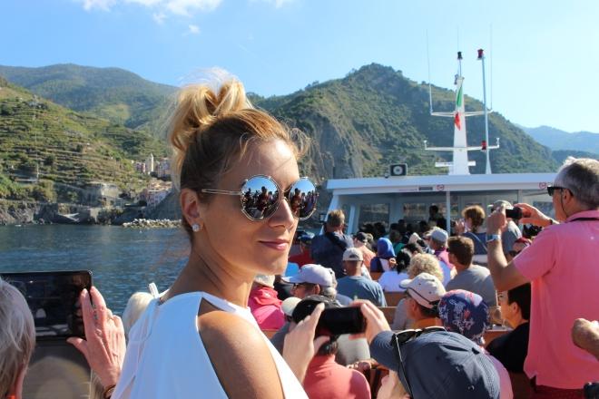 Gabriela Simion Cinque Terre Vedere din Barca