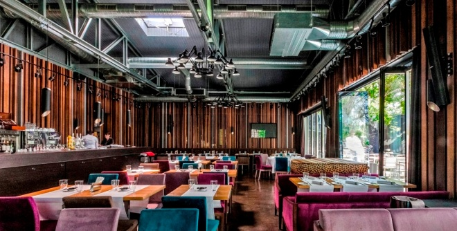 gabriela-simion-la-brasserie-bistro-lounge