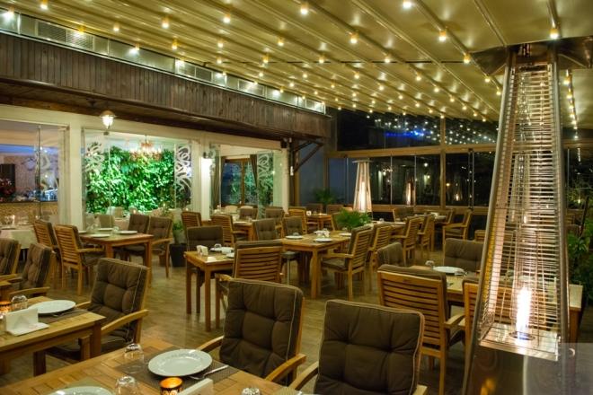 Zaitoone - Restaurant Libanez