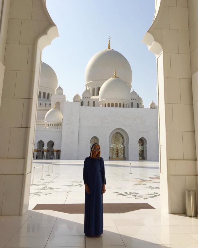 Poze de Vacanta Gabriela Simion Marea Moschee din Abu Dhabi