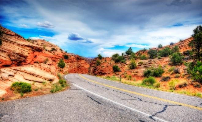 Gabriela Simion Vacanta Road Trip State Route 12, Utah