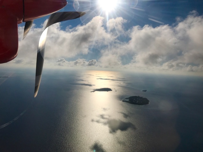 Gabriela Simion Vacanta in Maldive Zborul cu Avionul