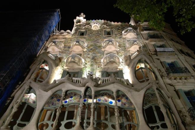 Barcelona Casa Mila, La Pedrera Gaudi, Gabriela Simion