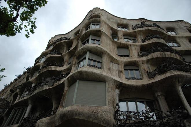 Exterior Casa Mila, La Pedrera Gaudi, Gabriela Simion