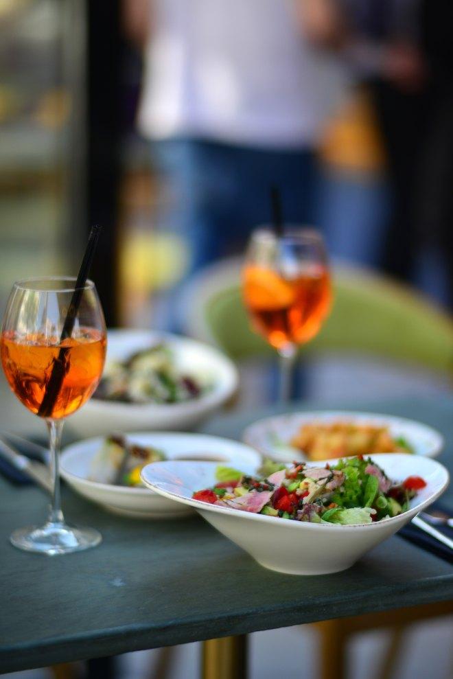 Salata NUBA Cafe, Dorobanti Beller, Gabriela Simion.JPG