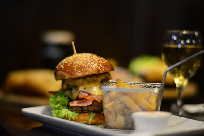 The Heart Attack Burger, St. Patrick Irish Pub, Gabriela Simion