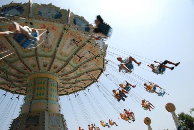 Tibidabo, Vacanta in Barcelona la Parcul de Distractii, Gabriela Simion