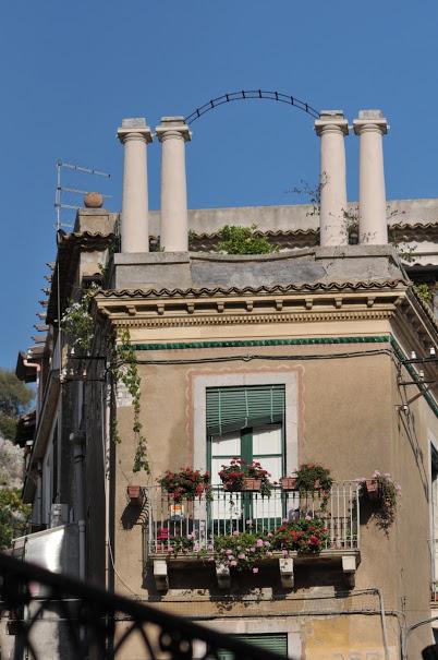 Bacloane cu Flori Cefalù, Vacanta Sicilia, Gabriela Simion