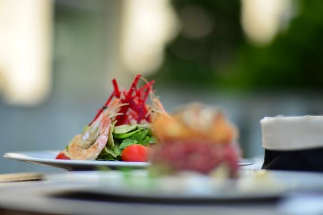 Minunatii Restaurant Haute Pepper, Gabriela Simion