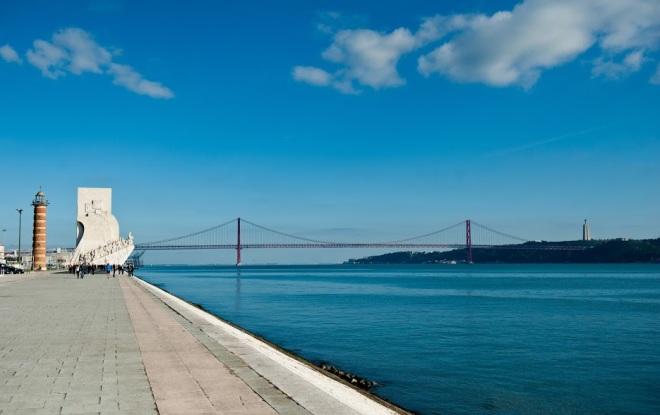 Podul din Lisabona, Portugalia, Gabriela Simion