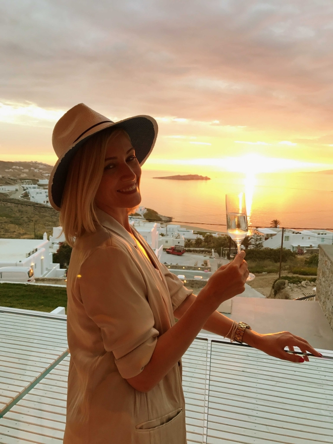 Mykonos_hot_places_Gabriela_Simion_holiday40