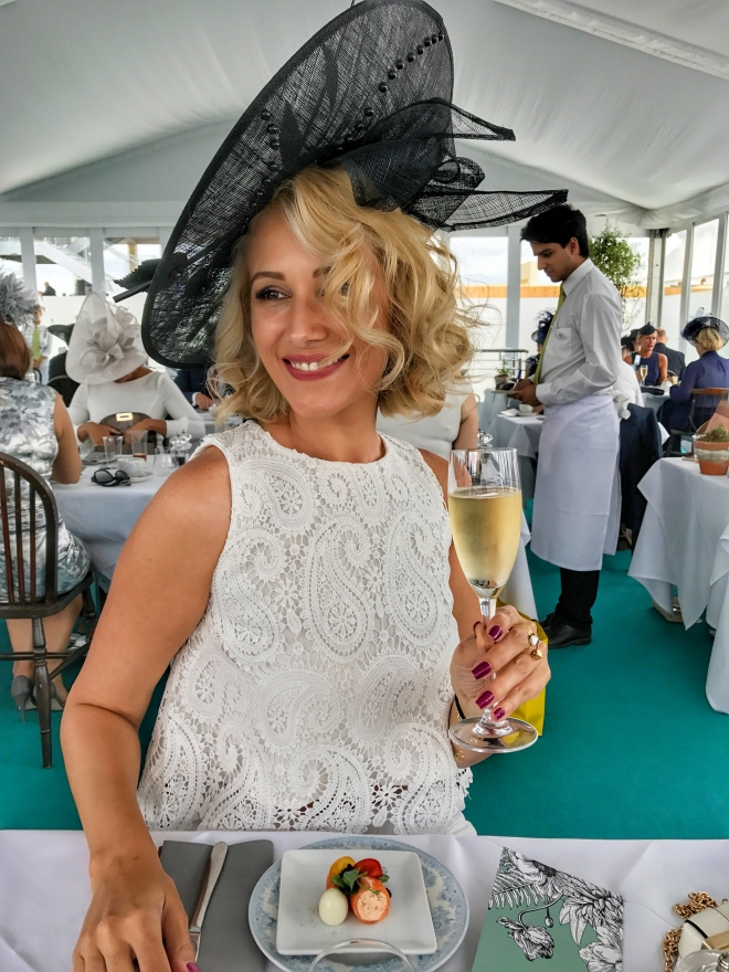 Londra_royal_ascot_Gabriela_Simion_Queen13