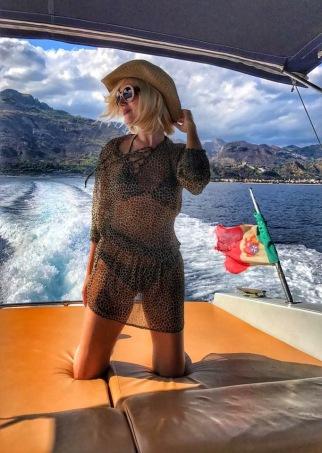 Hot , Gabriela Simion, Taormina Sicilia, Italia