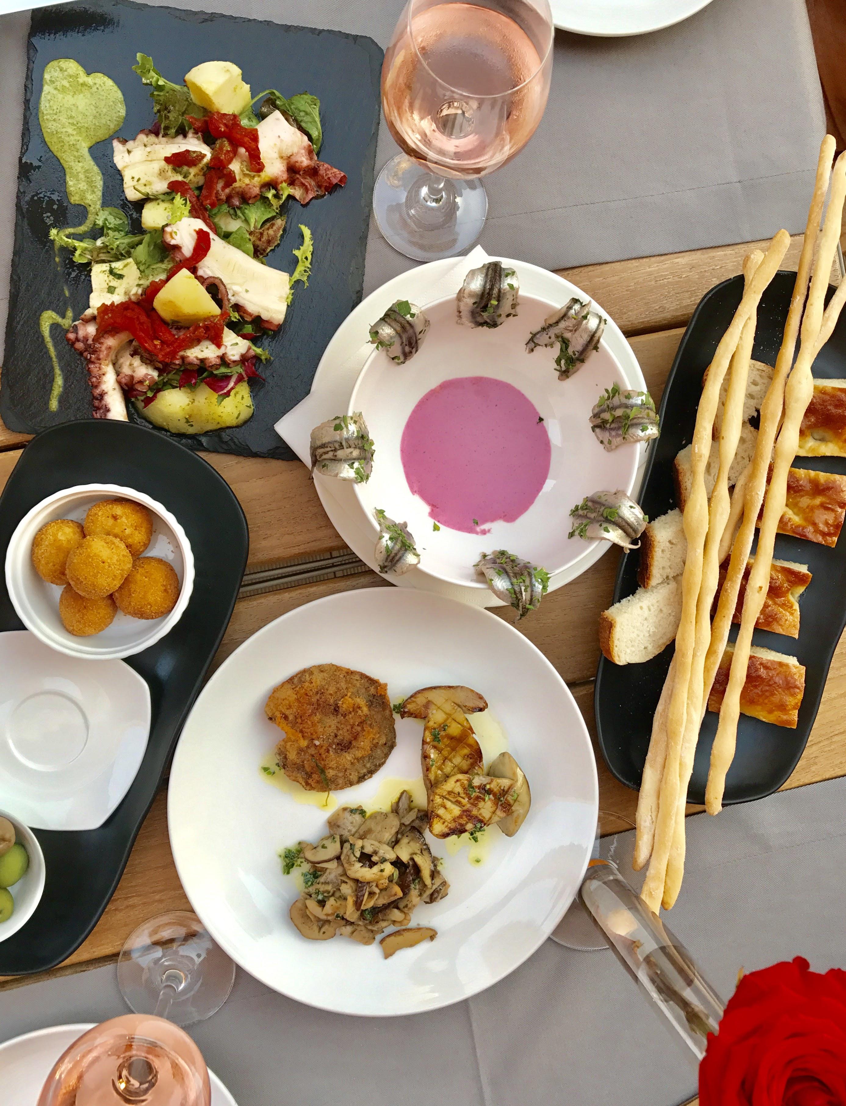 Mancare Restaurant Sardin, Gabriela Simion
