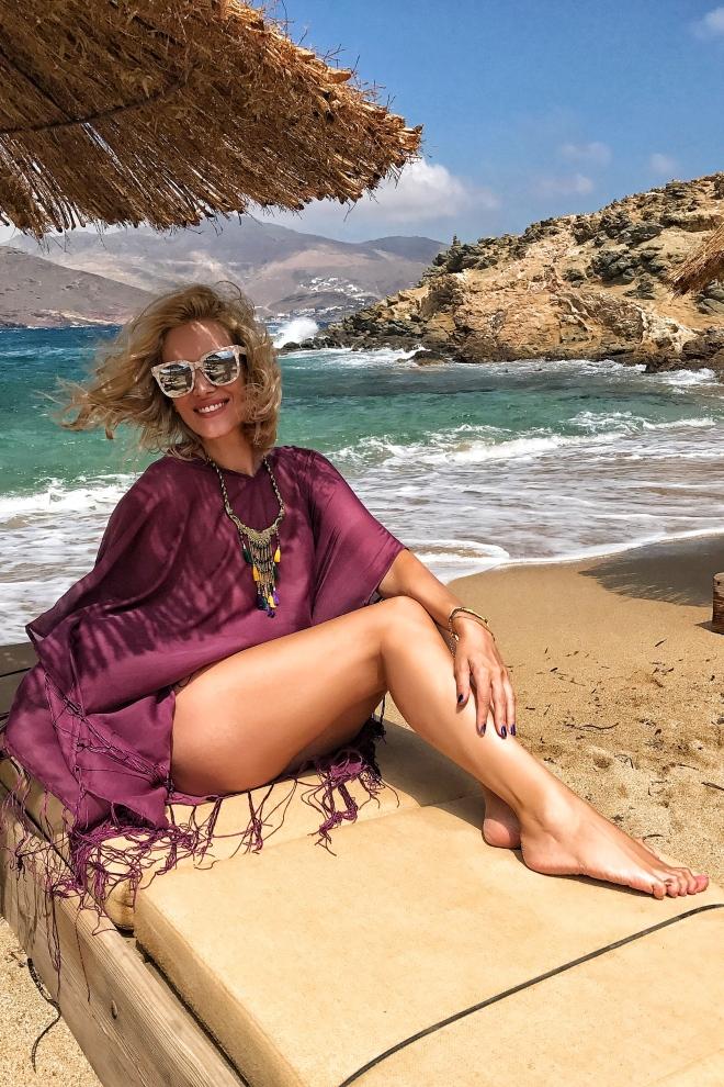 Mykonos Grecia, Meli Melo, Gabriela Simion pe plaja
