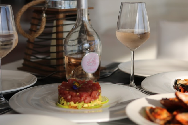 Tartar Review Yacht Bucharest, Gabriela Simion