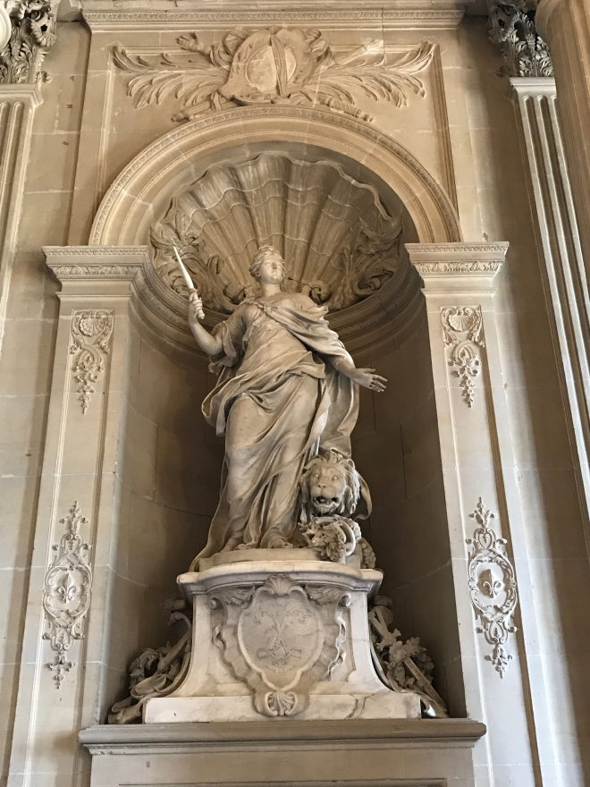 Statui Gabriela Simion, Palatul Versailles