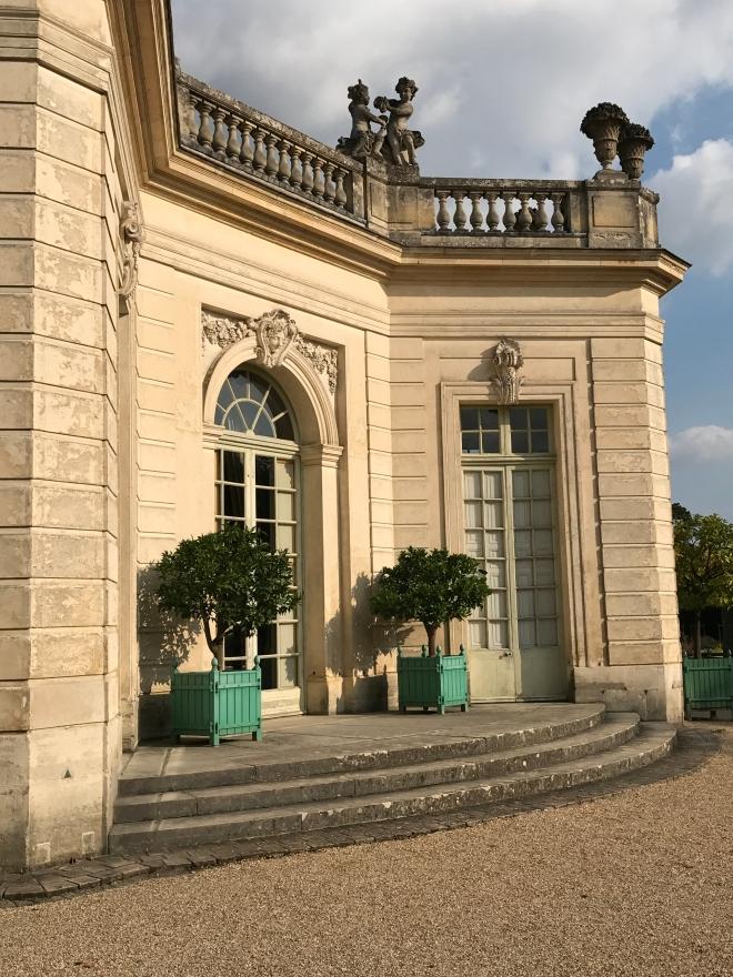 Exterior Gabriela Simion, Palatul Versailles